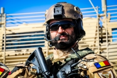 Romanian-Special-Forces-on-duty